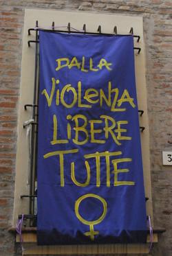 Dalla violenza libere tutte