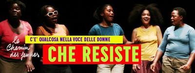 C'è qualcosa nella voce delle donne che resiste