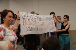 Contestazioni di Trama di Terre al ministro Minniti